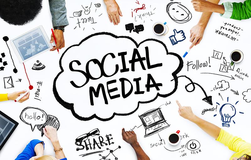 Den Umgang mit Social Media lernen. Foto: © Rawpixel - Fotolia.com